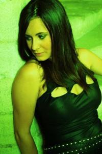 """Marine Moreno (voce in """"Poison me"""")"""